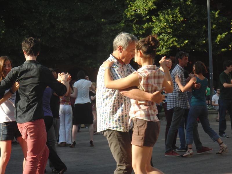 Tangueando_Tango_en_el_barrio_sept_9