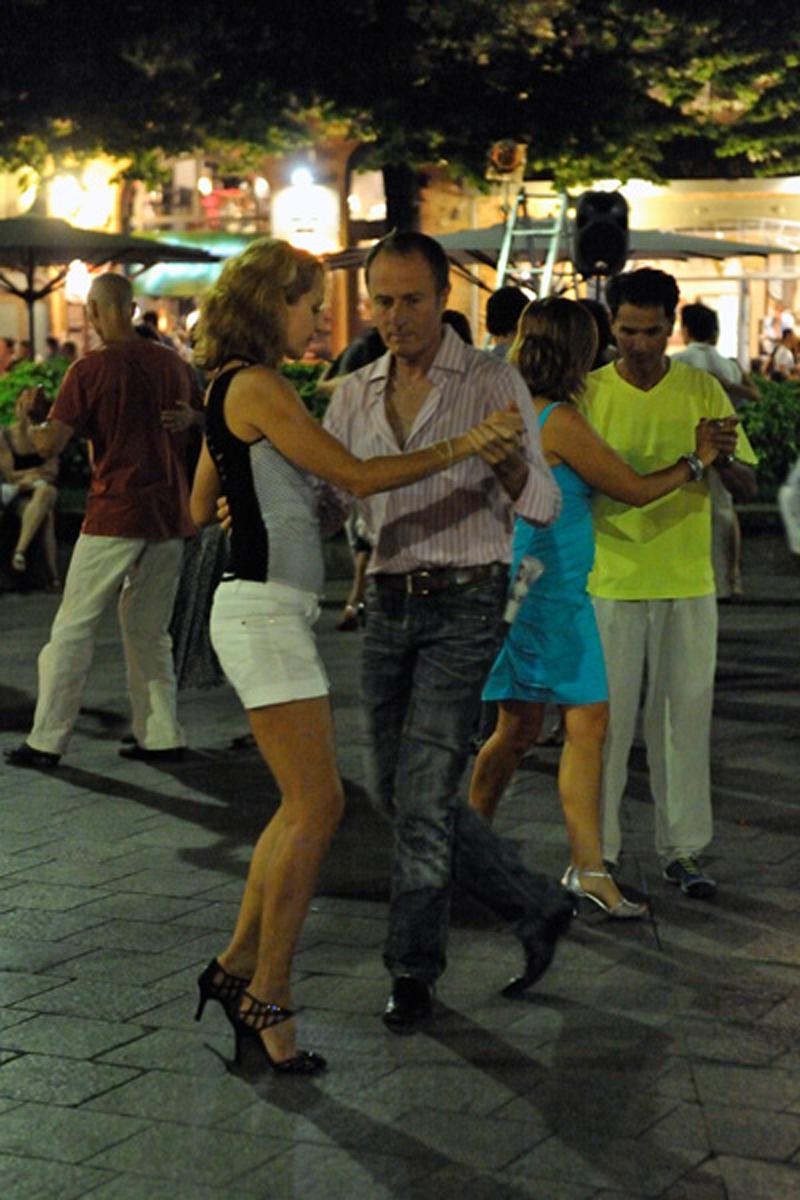 tango_256