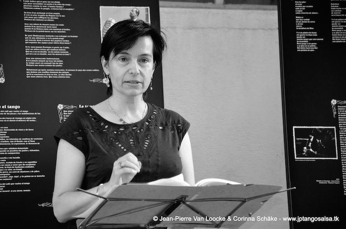 Solange Bazely lit la poésie - nb