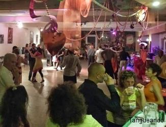 bal-tango-toulouse-nggid011-ngg0dyn-0x250-00f0w011c010r110f110r010t010