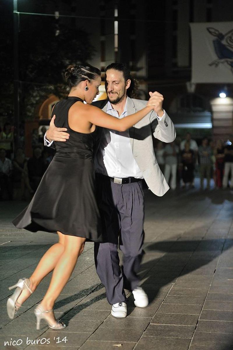 Tangueando_Tango_en_el_barrio_sept_5