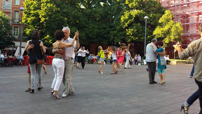 Tangueando_Tango_en_el_barrio_sept_8