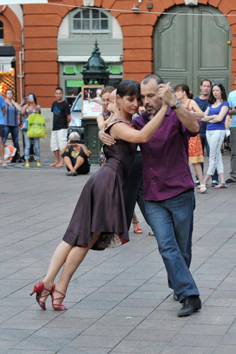 Tangueando_Tango_en_el_barrio_sept_15