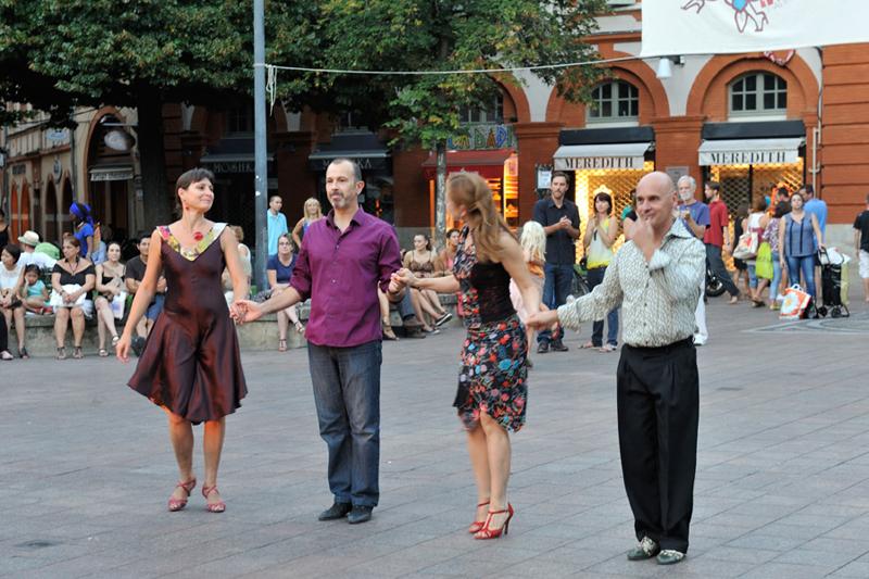 Tangueando_Tango_en_el_barrio_sept_18