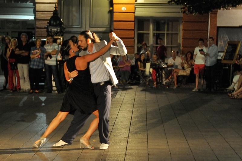 tango_198